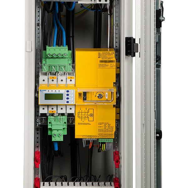 [Translate to italian:] Switching equipment and distribution boards
